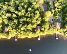 Laurentian Lakeside Cottages