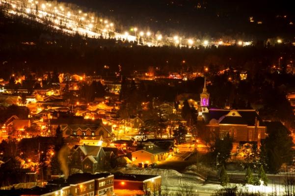 Village de Saint-Sauveur illuminé, Pays-d'en-Haut