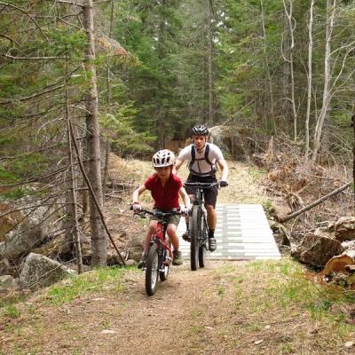 Réseau de sentiers d'interprétation des Orphelins, Vélo de montagne, Wentworth-Nord, Québec, Canada
