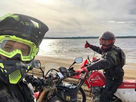 """Moto hors route sur """"Les sentiers fléchés"""""""