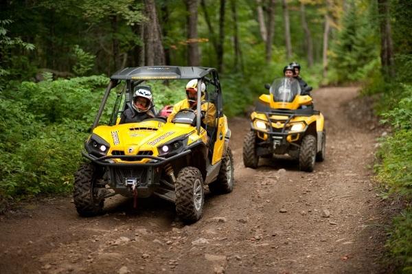 ATV riding Hautes-Laurentides