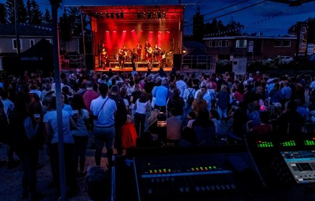 Les Soirées Nostalgia - outdoor music shows