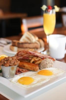 American breakfast included