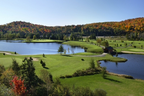 Beautiful championship golf course are reasonnable prices. A great quality-price ratio in the Laurentians.