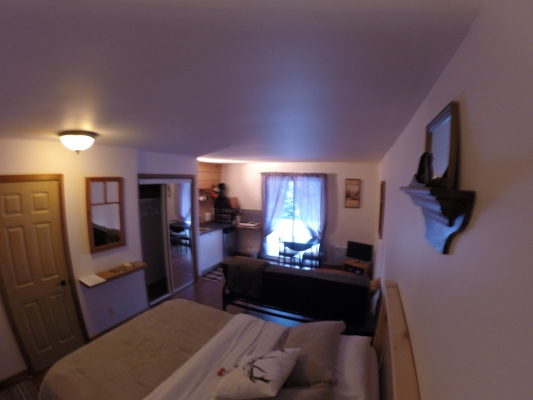 chambre lit queen+sofa-lit