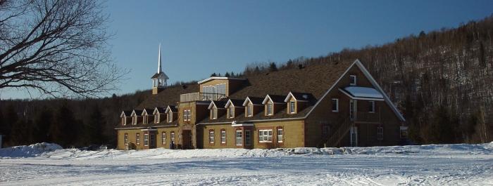 Grand Saint-Bernard, peut héberger jusqu'à 62 personnes