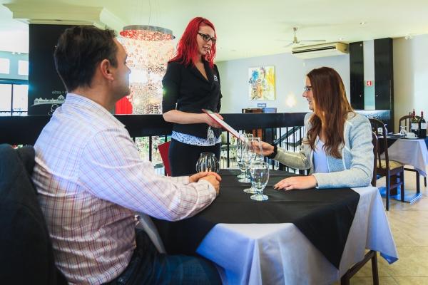 H tel spa ch teau sainte ad le tourisme laurentides for Adele salon services