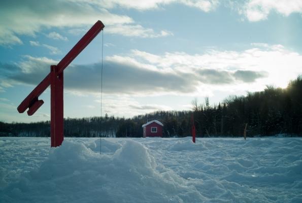 Pêche sur glace avec cabane chauffée