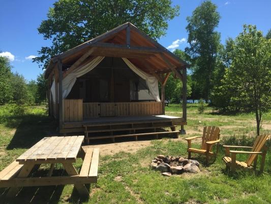Aventures Kiamika Prêt à camper Laurentides Canoe Kayak SUP Quebec