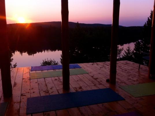 Yoga, Québec, Laurentides, retraite de Yoga, nature, forêt