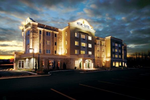 Impéria hôtel et Suites de St-Eustache de niveau 4 étoiles, proposes 72 chambres de catégories différentes.