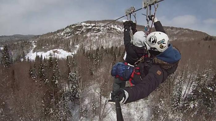 Zipline Laurentians, winter activity