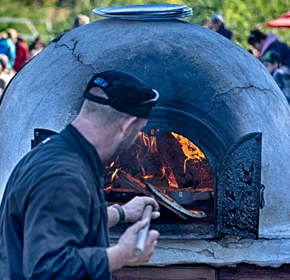 Apple-shack-sugar-labonte-wood-oven-chef-terroir-oka-laurentians