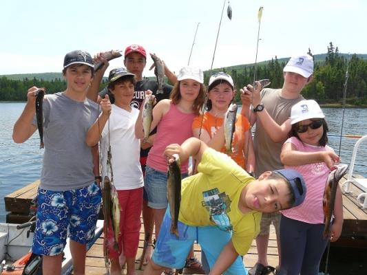 Venez pêcher la truite mouchetée au Mekoos.