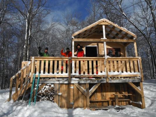 Refuge des Urubus, Réseau de sentiers d'interprétation des Orphelins, Vélo de montagne, Wentworth-Nord, Québec, Canada